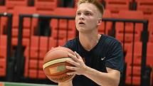 Start. Basketbalisté Nymburka zahájili přípravu na novou sezonu