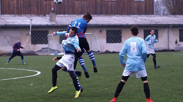 Z fotbalového utkání krajského přeboru staršího dorostu Bohemia Poděbrady - FC Mělník (1:1)