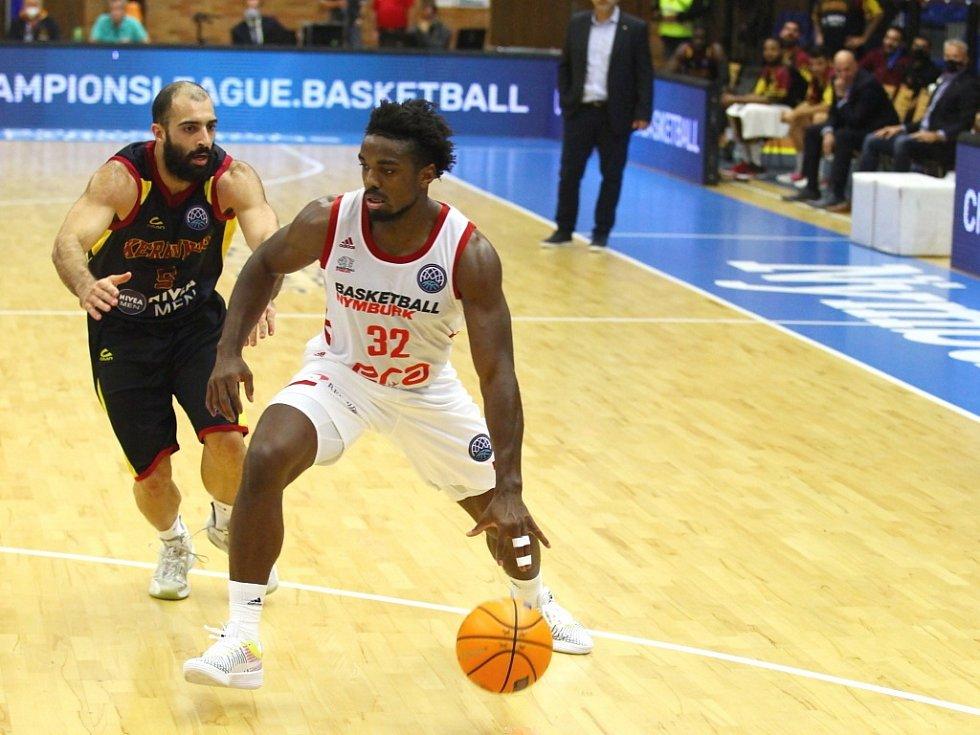 Z basketbalového utkání Ligy mistrů Nymburk - Keravnos