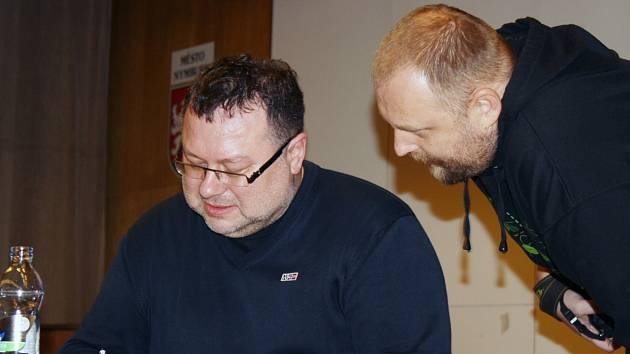 Jaroslav Kmenta hovořil o své nové knize Boss Babiš.