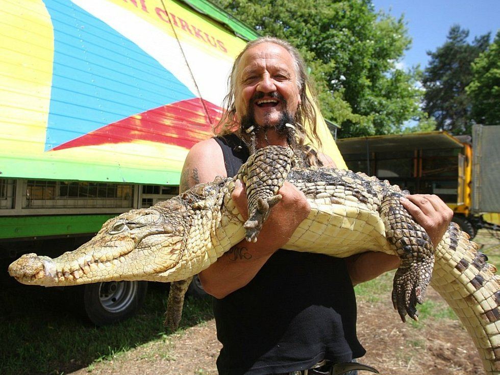 Jaromír Joo, cirkusový principál, který miloval zvířata, zemřel v sobotu 21. února 2021 na Covid - 19.