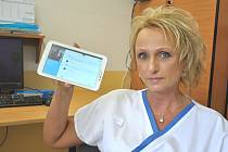 Tablet pro neslyšící mají už například v nemocnici v Uherském Hradišti.