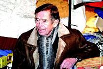 Václav Havel při návštěvě Milovic v roce 2002