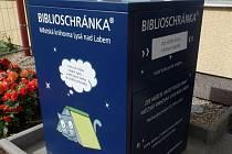 Do biblioschránky mohou čtenáři přečtené knihy vracet.