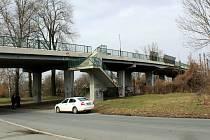 Železniční nadjezd v Nymburce.