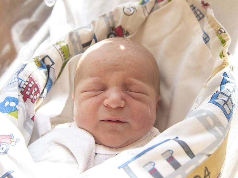 Dominik Pulda z Oskořínku se narodil v nymburské porodnici 22. září 2021 v 15:36 s váhou 3950 g a mírou 50 cm. Na chlapečka se těšila maminka Michaela, tatínek Daniel a sestřička Natálie (2 roky).
