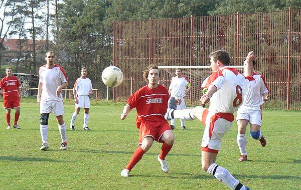 Tým Ostré se proměnil v minulém ročníku fotbalové I.B třídy v remízového krále.
