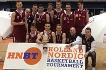 MLADÍ BASKETBALISTÉ Nymburka kategorie U19 získali na prestižním turnaji v Holandsku stříbrné medaile