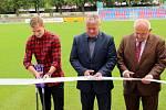 Ze slavnostního otevření opraveného sportovního areálu na Jiskře v Poděbradech.
