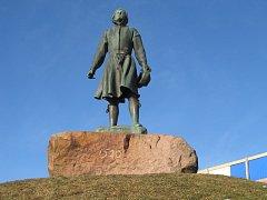 V cílovém městě Mora je zpodobněn švédský šlechtic a pozdější panovník Gustav Eriksson Vasa