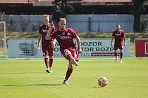 Z přípravného fotbalového utkání Bohemia Poděbrady - Nový Bydžov (1:5)