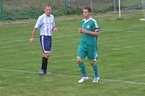 Z okresního derby fotbalového krajského přeboru Semice - Poděbrady (1:4)