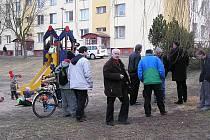 Připomínky k Žižkovu zněly přímo v terénu a vedení města si je znamenalo.
