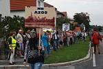 Demonstrace proti zinkovně AZOS na Zálabí.