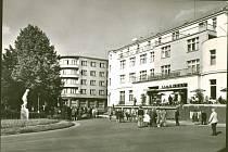 Hotel se v 60. letech zase rozsvítil.