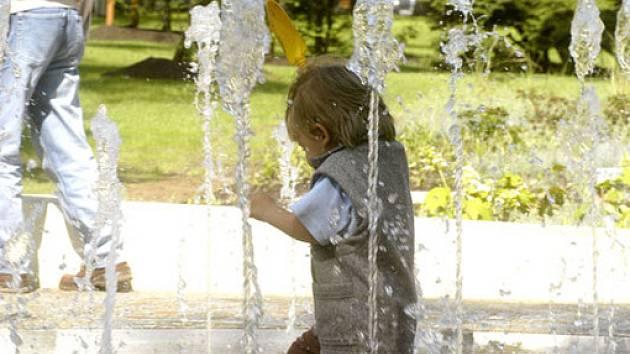 Obzvláště dětem se v nově zrekontruovaném parku líbí.
