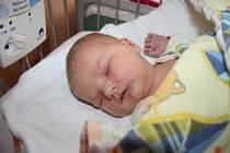EMA JE ZE STARÉ LYSÉ. Ema Hromádková přišla na svět v pondělí 1. září ve 14.16 hodin. Vážila 3 420 g a měřila 52 cm. Doma je ve Staré Lysé s rodiči Evženií a Janem.  Rodiče si svou dceru nechali dopředu prozradit.