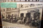 V Turistickém a informačním centru na Jiřího náměstí v Poděbradech byla otevřena výstava téměř dvou stovek snímků připomínající tradiční jarní zahájení motocyklové sezóny spanilou jízdou Praha - Poděbrady.