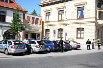 Hrozba anonyma vyklidila radnici v Poděbradech