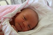 EMMA MÁ NATÁLKU. EMMA ŘÍHOVÁ se narodila 22. dubna 2017 29 minut po poledni. Rodiče Eliška a Tomáš si odvezli dcerku s mírami 3 290 g a 50 cm domů do Vrbové Lhoty za sestřičkou Natálkou (3).