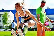 KLÁRA STAŇKOVÁ, závodnice Nymburka, vyhrála ve Vlašimi skok daleký v novém osobním rekordu