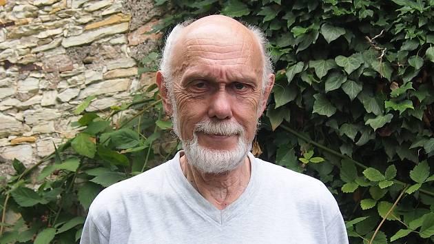 Jiří Hlávka z Libice nad Cidlinou se představí na prestižním festivalu Jiráskův Hronov.