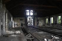 Bývalá výtopna v Jankovicích. Na jejím místě budou stát garáže