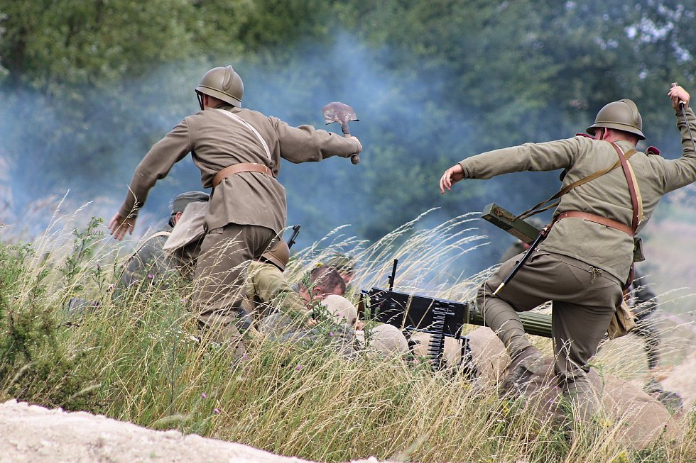 Rekonstrukce bitvy u Zborova v Milovicích.