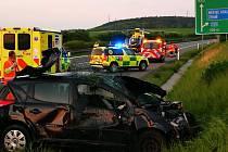 Dopravní nehoda na dálnici D11.