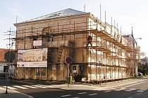 Jubilejní dům v Jiráskově ulici v rekonstrukci v roce 2010.