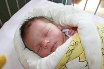 SABINKA SE DOČKALA SESTRY. Beáta Savin přišla na svět 13. května 2014 ve 4.18 hodin. Vážila 3 450 g a měřila 49 cm. Domů do Nymburka ji rodiče Ivan a Valentina odvezli za jedenáctiletou Sabinkou.