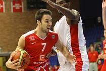 Z basketbalového utkání Mattoni NBL Nymburk - Jindřichův Hradec (104:43)