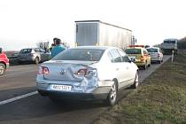 Ve čtvrtek ráno se stala nehoda na 20. kilometru D11 u sjezdu na Lysou