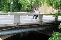 Most na Palackého ulici, který má projít rekonstrukcí ještě letos.