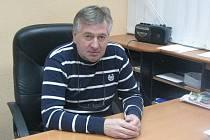 Tomáš Netík, prezident nymburského hokejového klubu, je hodně vytížený, proto se zatím nemůže věnovat trenéřině. Ale v budoucnu trénovat chce