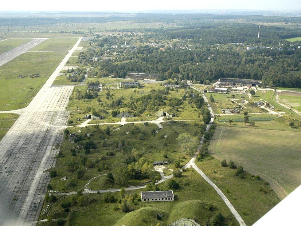Letiště Boží Dar - letecký snímek.
