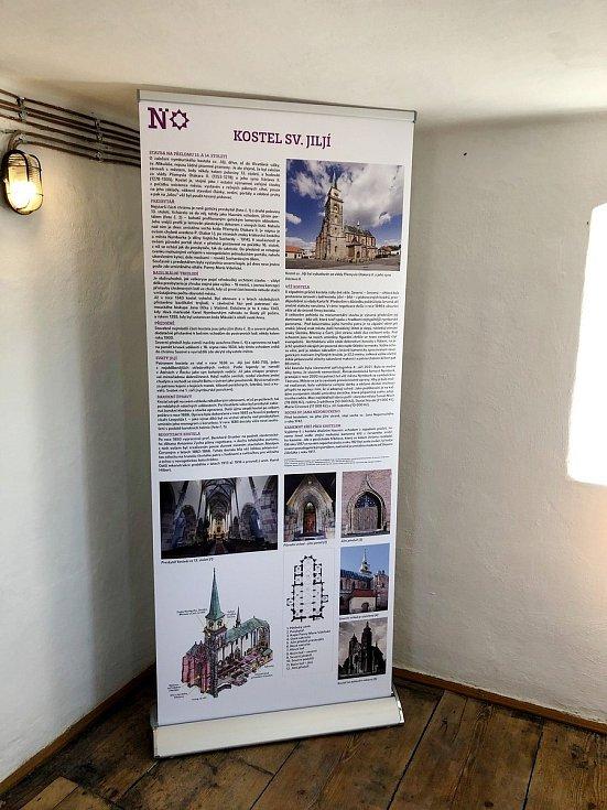 Věž kostela svatého Jiljí bude otevřena denně kromě pondělí.