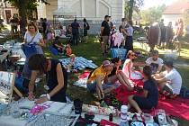 Bleší trh v Parku U Vodárenské věže se nesl v příjemné atmosféře.