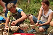 Na tradiční skautské tábory vyrazí i letos oddíly nymburského střediska Krahujec.
