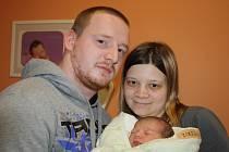 MALÁ SLEČNA ANETKA. Aneta ZIKEŠOVÁ si vybrala pro příchod na svět 28. únor 2016, 21.42 hodin,  3 550 g a 49 cm. Prvorozené miminko rodičů Pavlíny a Františka z Českého Brodu všechny krásně překvapilo.