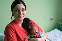 BARBORA JE NOVÁ SESTRA TEREZKY. Barbora Němečková se narodila 6. června 2013 ve 13.40 hodin s váhou 3 450 g a mírou 51 cm.  Doma je v Nymburce s rodiči Lucií a Martinem a dvouletou sestřičkou Terezkou.