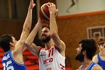 Basketbalisté Nymburka jedou k dalšímu zápasu do Ústí nad Labem