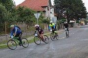 Cyklistický závod na horských kolech Hořátevská rovina.