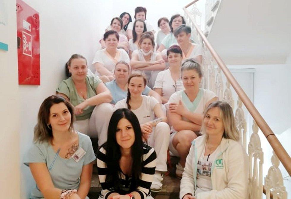 Kolektiv nymburské interny (na snímku nejsou všichni).