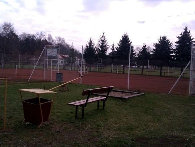 Tenisové kurty v Sokolči.