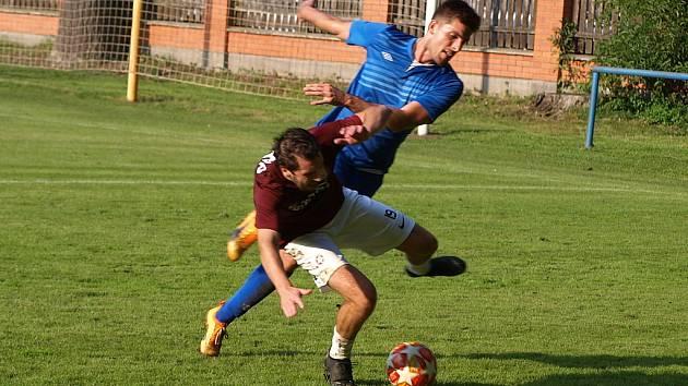 Z fotbalového utkání krajského přeboru Bohemia Poděbrady - Nespeky (0:0, pen. 1:3)