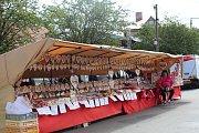Rožďalovické náměstí patřilo v sobotu celý den tradičnímu jarmarku.