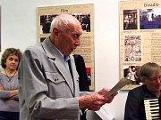 Výstava o nymburském sportovci a divadelníkovi Janu Paulů je k vidění ve Vlastivědném muzeu v Nymburce.