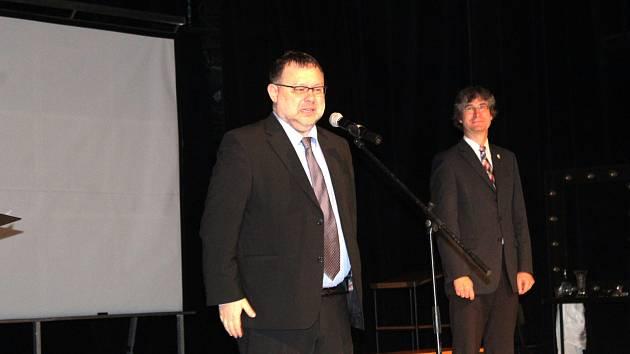 Slavnostním večerem v Hálkově divadle vyvrcholily v Nymburce oslavy výročí založení republiky.