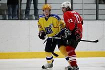 Hokejisté Nymburka porazili na svém ledě Velké Meziříčí přesvědčivě 10:2.